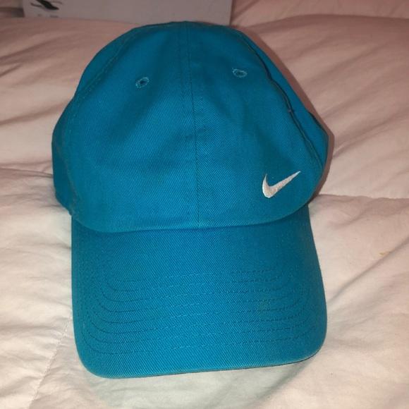 Nike Accessories - Nike hat
